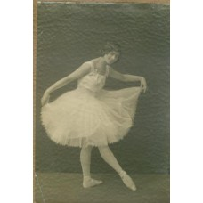 Hoppe, E.O. (attrib.). Phyllis Bedells.  The famous English dancer