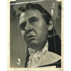 Bull, Clarence Sinclair. Charles Laughton. Captain Bligh